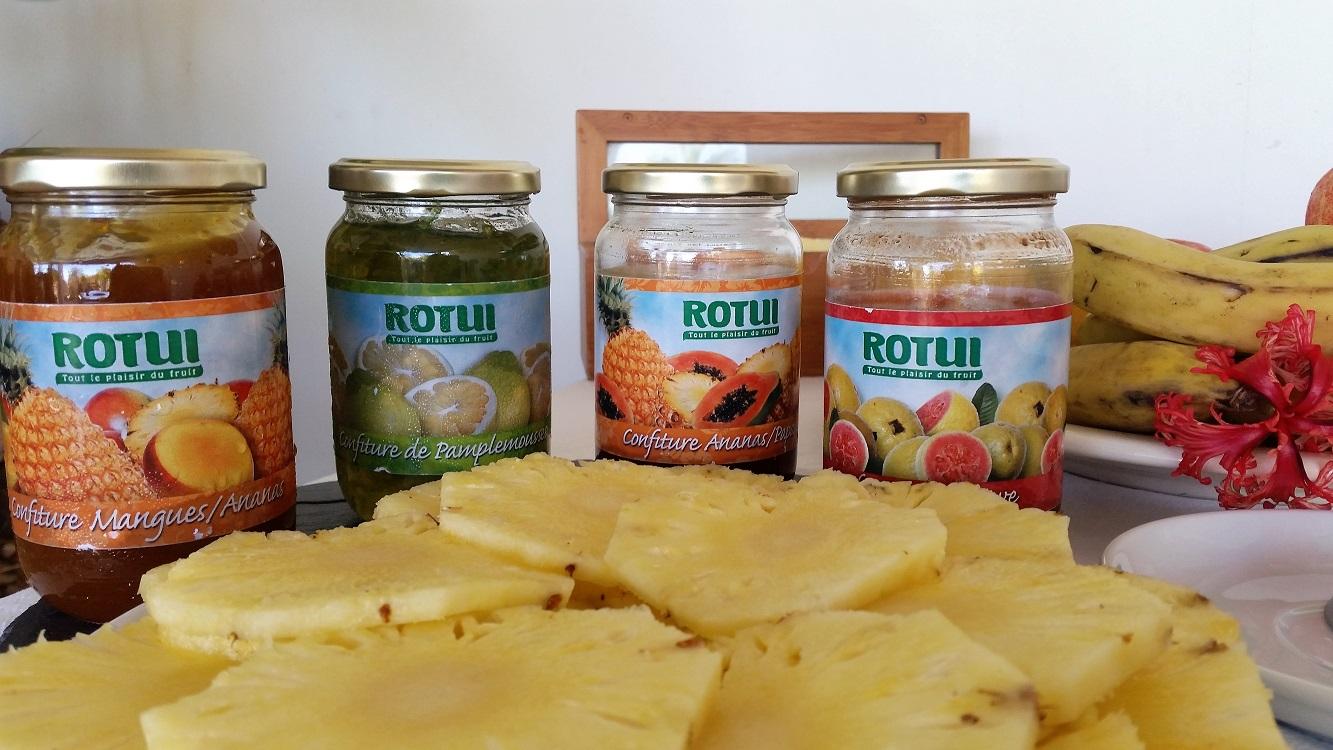 https://tahititourisme.com/wp-content/uploads/2017/07/buffet-petit-déjeuner-bis.jpg