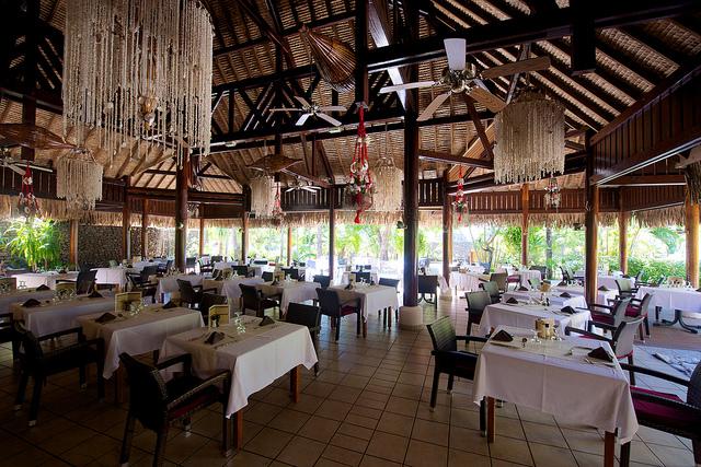 https://tahititourisme.com/wp-content/uploads/2017/08/BLM-Restaurant.jpg