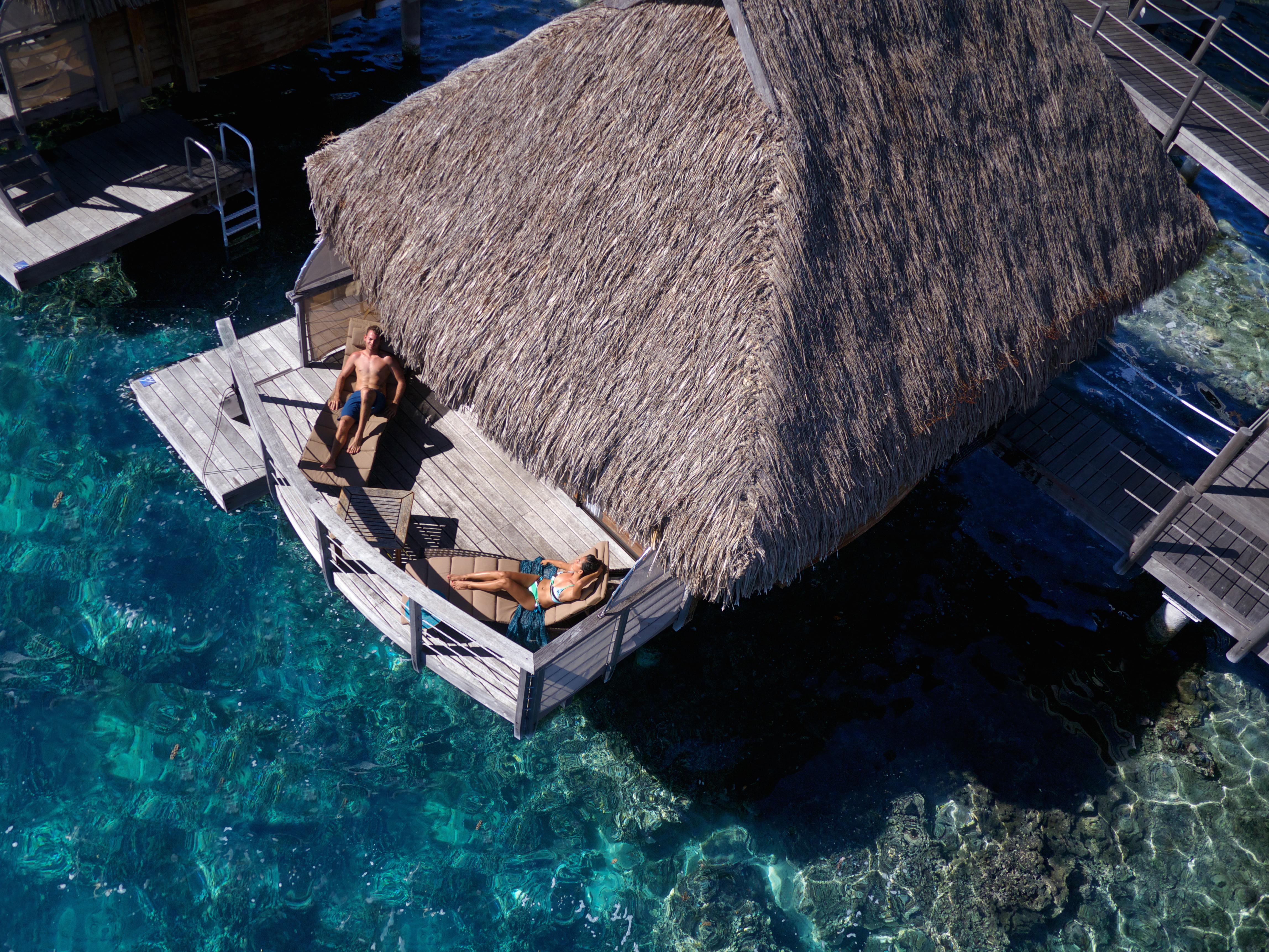 https://tahititourisme.com/wp-content/uploads/2017/08/HEBERGEMENT-Manava-Beach-Resort-and-Spa-Moorea-3-Tim_McKenna.jpg