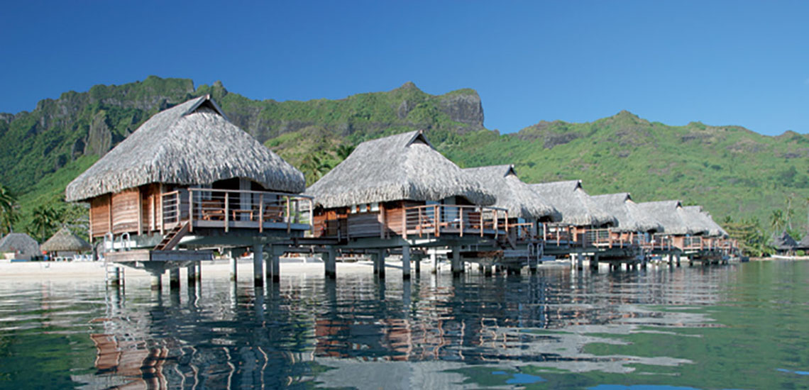 https://tahititourisme.com/wp-content/uploads/2017/08/SLIDER1-Manava-Beach-Resort-Spa-Moorea-1.jpg