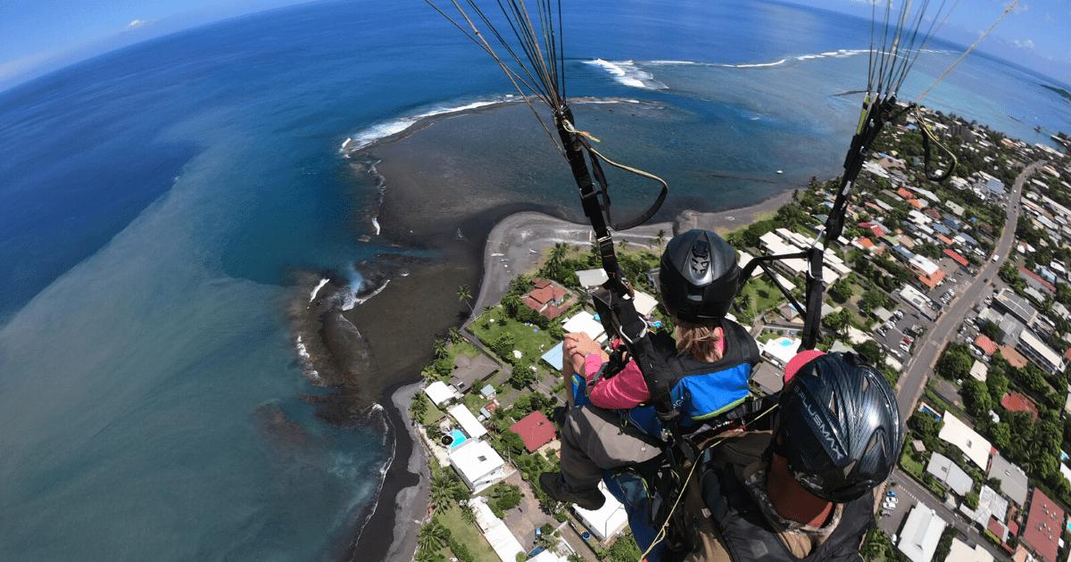 https://tahititourisme.com/wp-content/uploads/2017/08/TahitiParapenteSafari_1140x550-min.png
