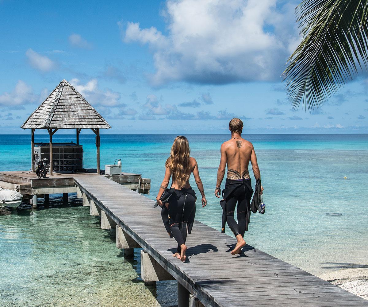 https://tahititourisme.com/wp-content/uploads/2017/08/tuamotu-rangiroa-topdive-e-tahiti-travel-greg-lecoeur.jpeg