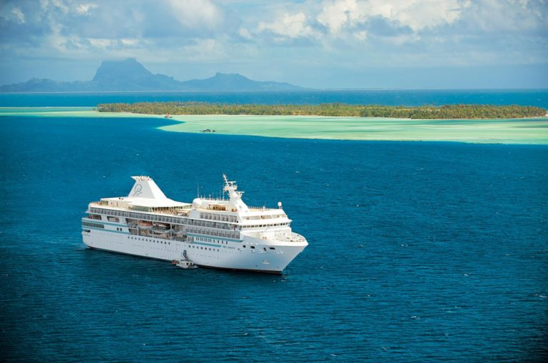 Discover Tahiti & the Society Islands aboard luxurious m/s Paul Gauguin