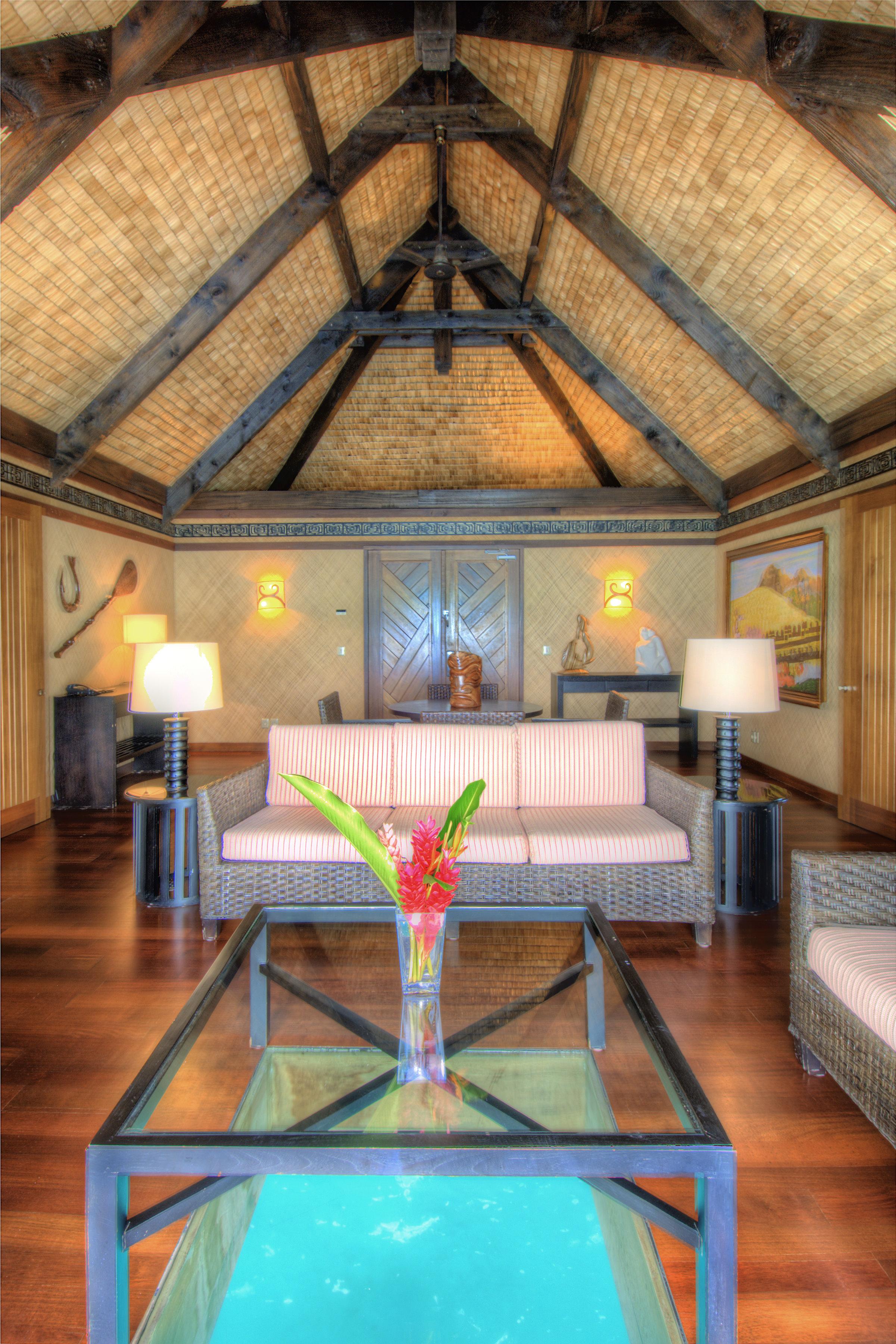 https://tahititourisme.com/wp-content/uploads/2017/11/BOB-St-Regis-Overwater-Villa-Living-Room.jpg