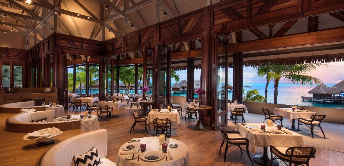 https://tahititourisme.com/wp-content/uploads/2017/11/Conrad-Bora-Bora-Nui-F-and-B-Iriatai-French-Restaurant-1_600.jpg