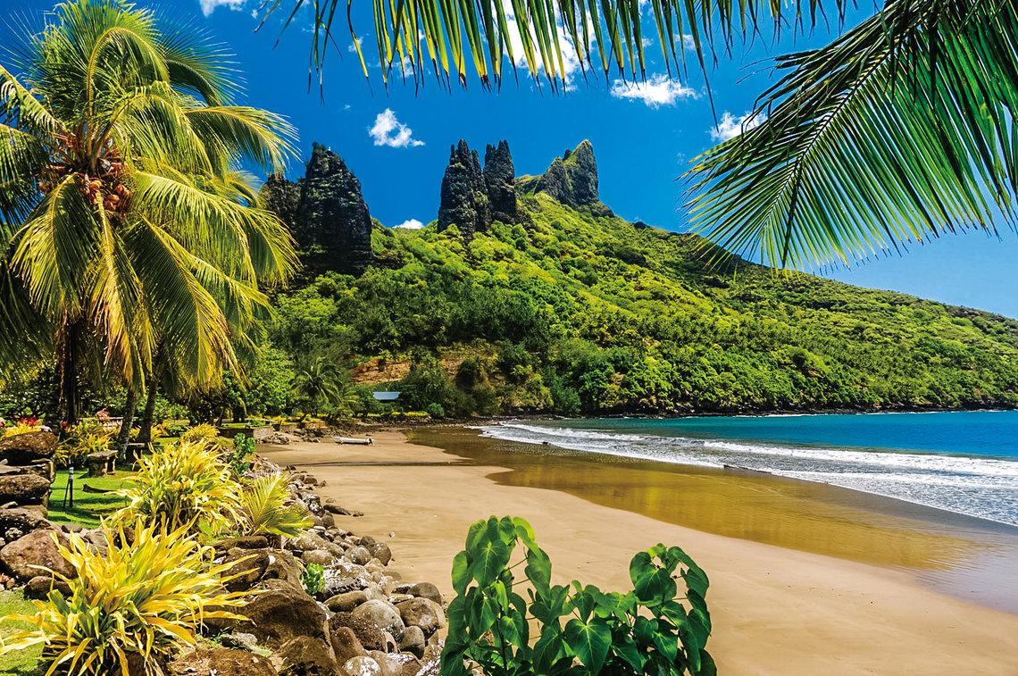 https://tahititourisme.com/wp-content/uploads/2017/11/Nuku-Hiva-Beach.jpg