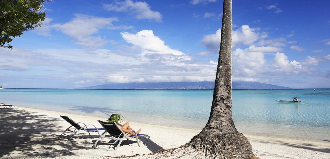 https://tahititourisme.com/wp-content/uploads/2017/11/Sofitel-Moorea-Honeymoon-Tahiti-Legends-1140x550.jpg