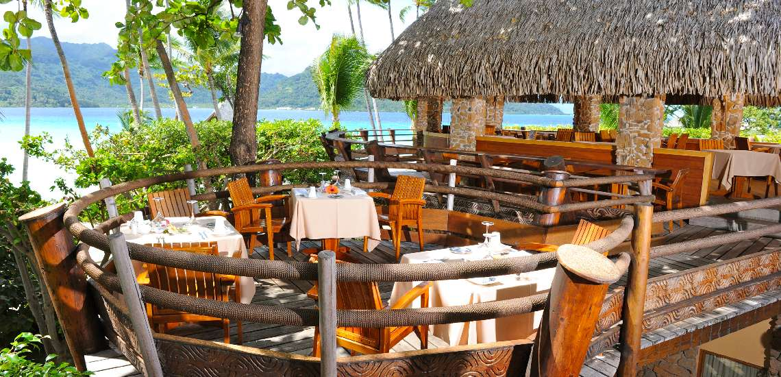 https://tahititourisme.com/wp-content/uploads/2017/11/tahaa-restaurant-2_600.jpg