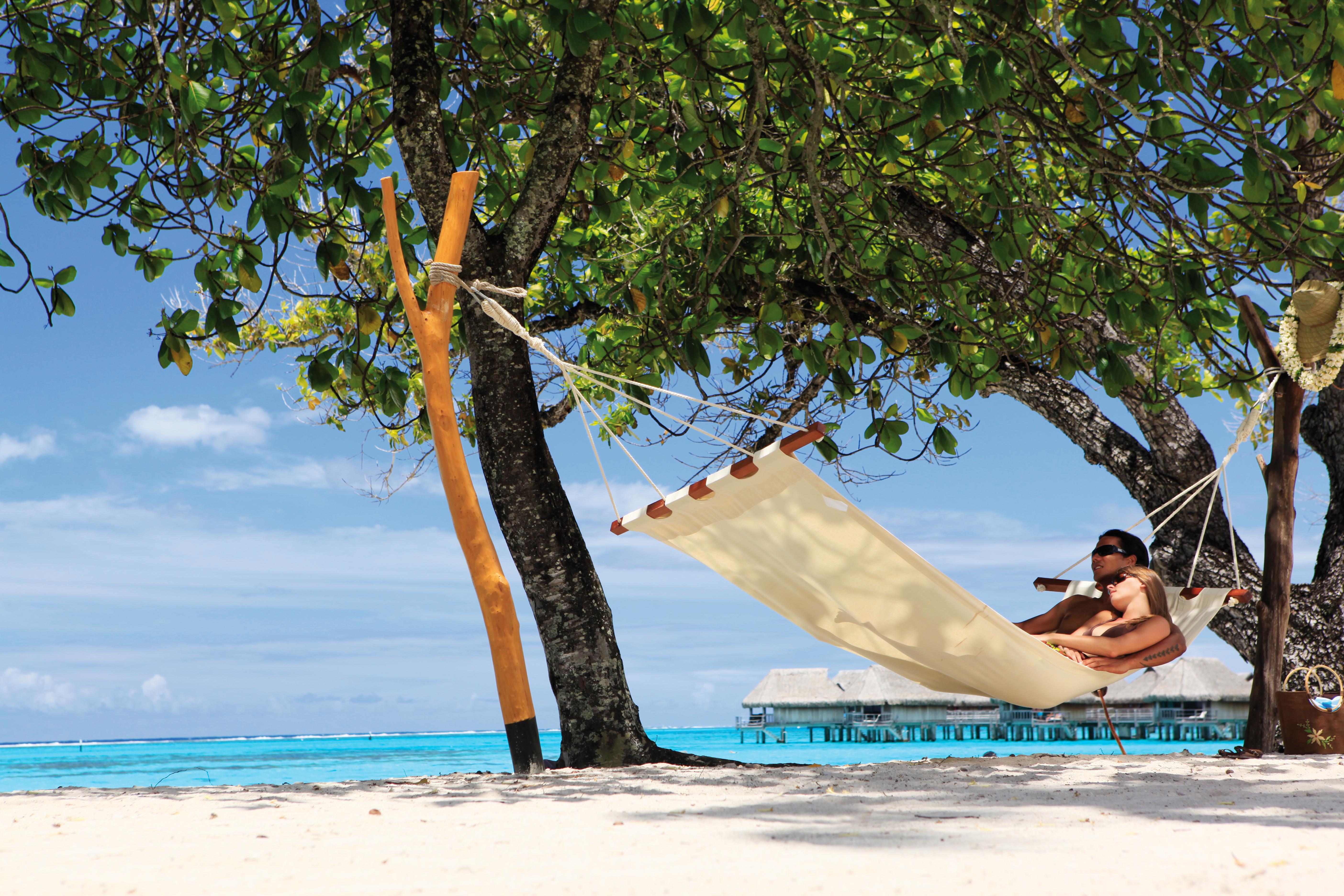 https://tahititourisme.com/wp-content/uploads/2018/03/Sofitel-Moorea-Ia-Ora-Lagoon-White-Sand-Beach-6-1.jpg