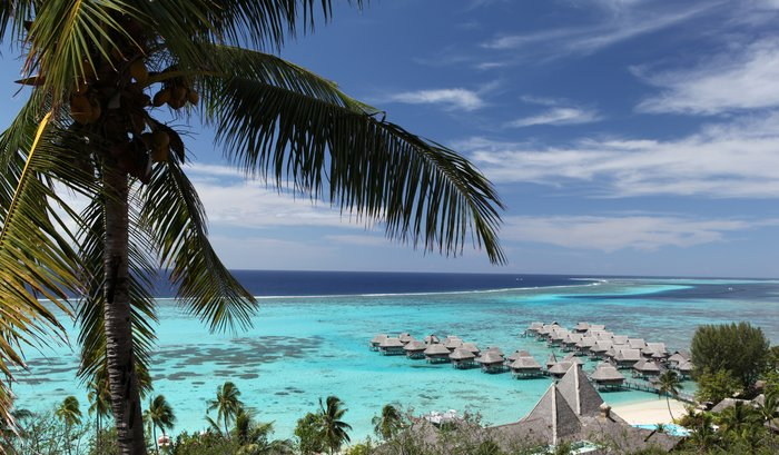 Magical Moorea and Romantic Rangiroa with Meals 2021