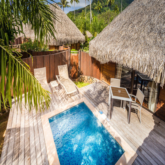 10 Days @ Luxurious Intercontinental Moorea and Tahiti