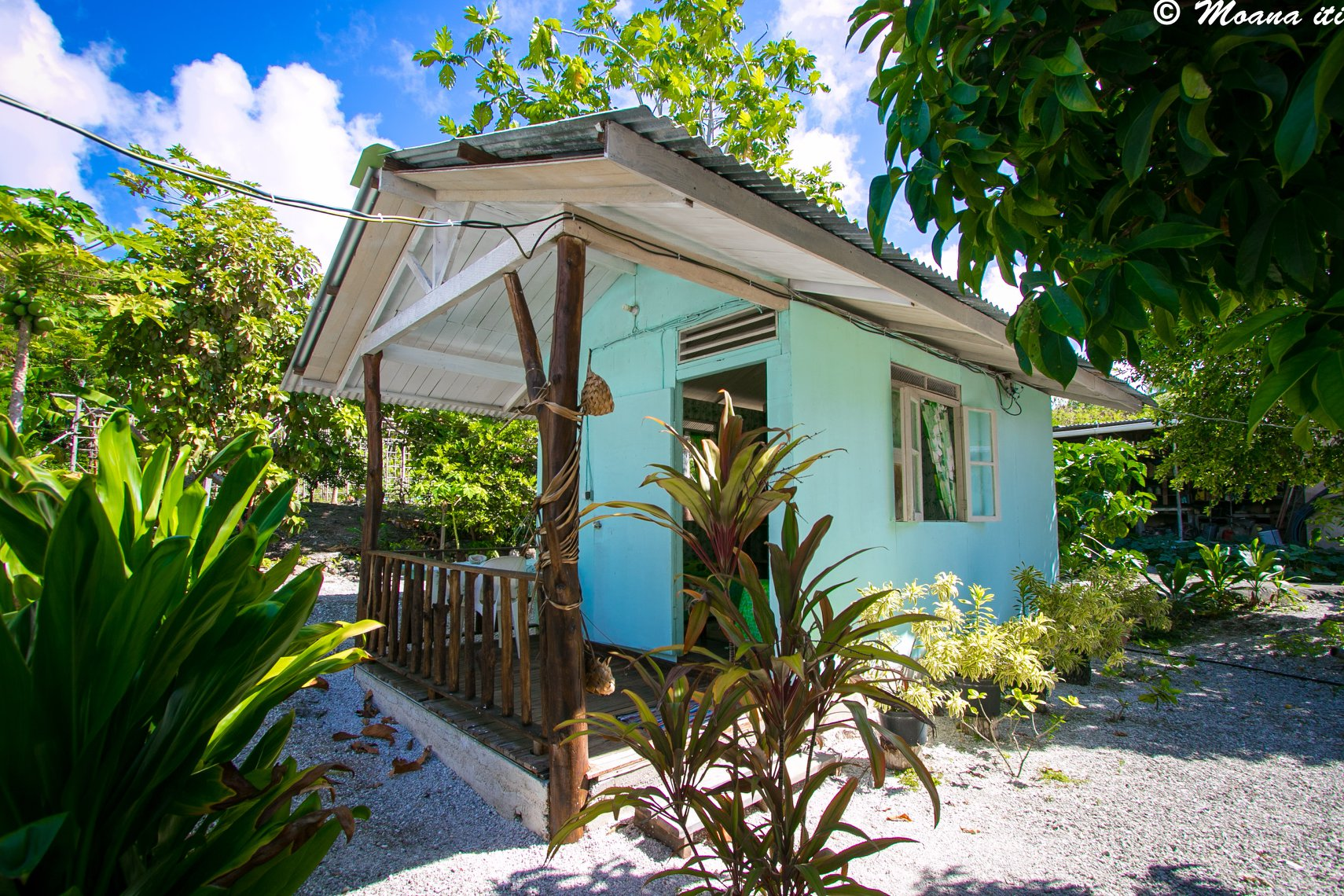 https://tahititourisme.com/wp-content/uploads/2018/06/Bed-And-Breakfast.jpg
