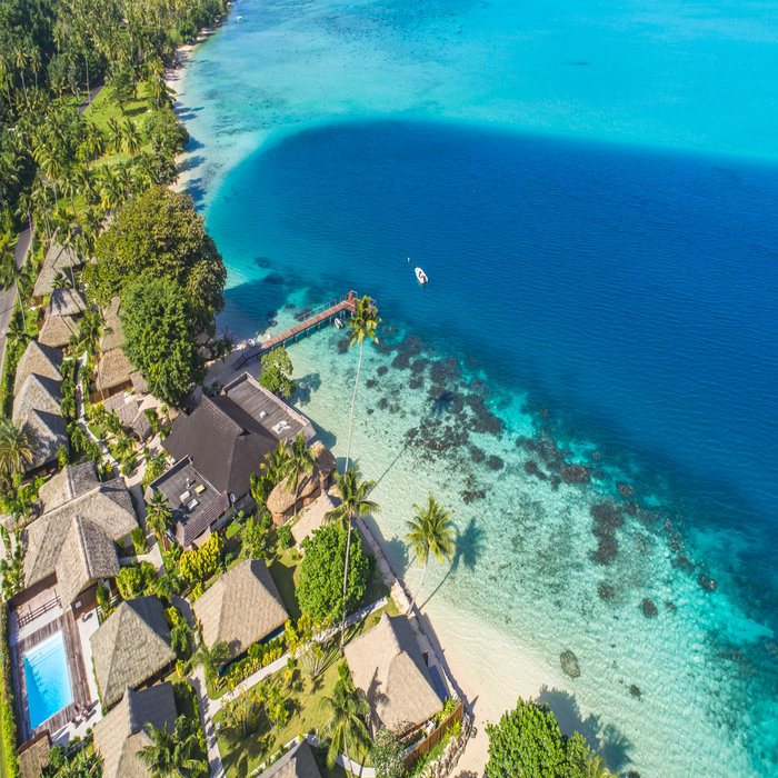 11 Days in Tahiti , Moorea, Huahine with Air and Meals