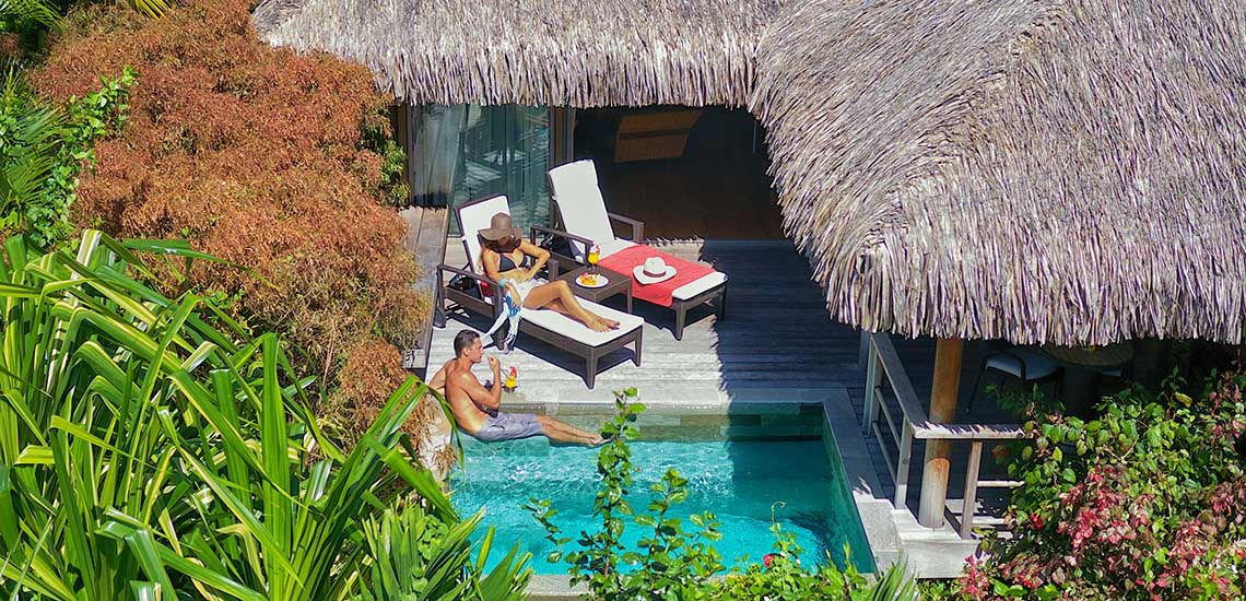 https://tahititourisme.com/wp-content/uploads/2018/06/intercontinental-moorea-garden-bungalow-1140x550.jpg