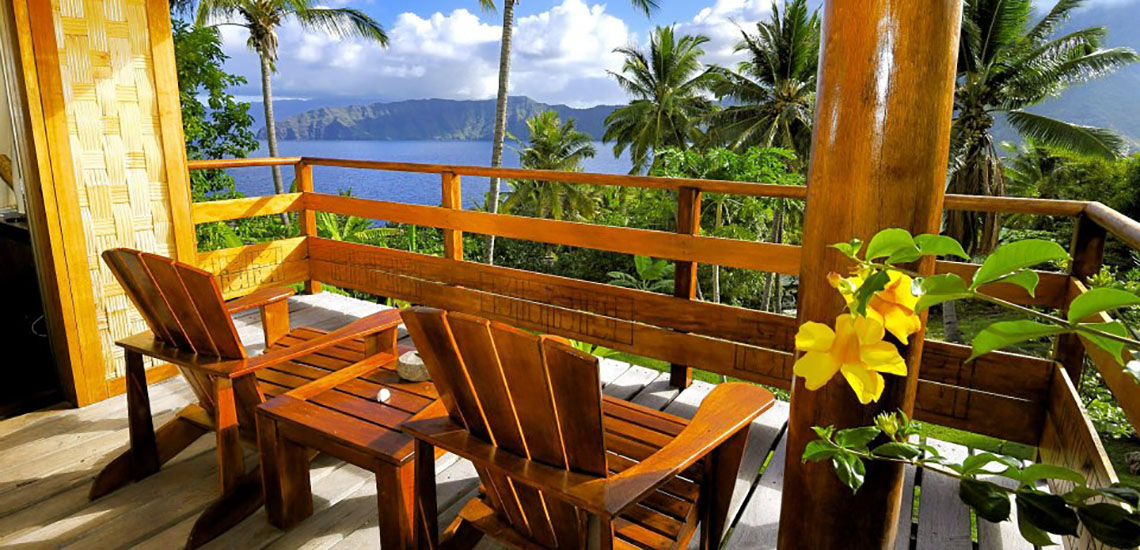 https://tahititourisme.com/wp-content/uploads/2018/06/marquesas-hotel-room-view-1140x550.jpg