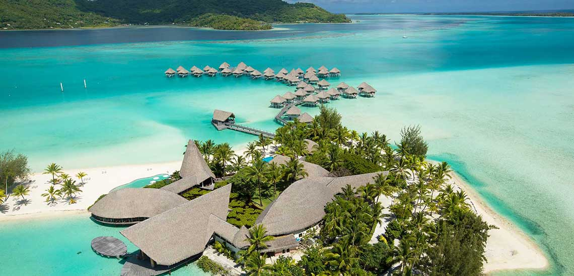 https://tahititourisme.com/wp-content/uploads/2018/07/BOBLMB-Resort-Aerial-1140x550.jpg