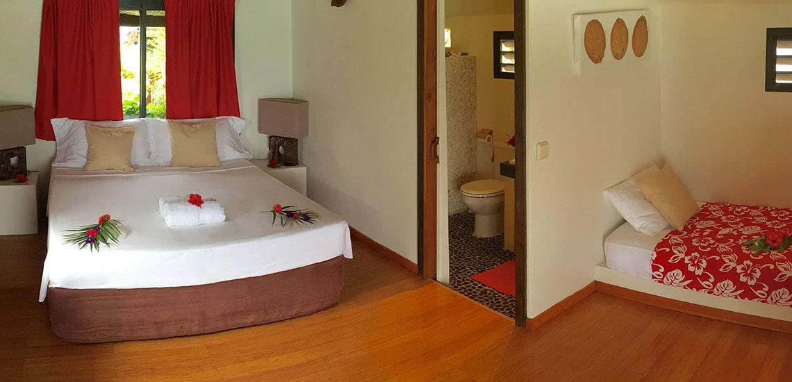 https://tahititourisme.com/wp-content/uploads/2018/07/Havaiki-Lodge-Fakarava-Bedroom-1140x550.jpg