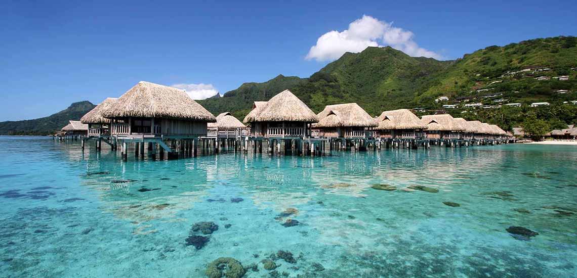 https://tahititourisme.com/wp-content/uploads/2018/07/Sofitel-Moorea-Overwater-Bungalows-1140x550.jpg