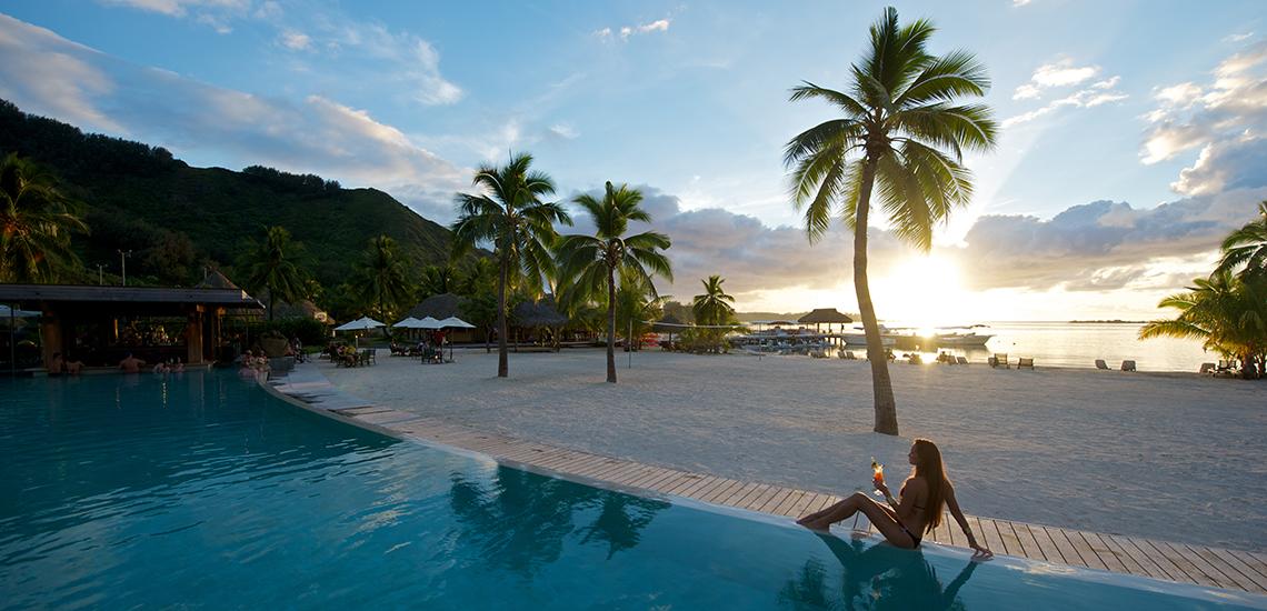 https://tahititourisme.com/wp-content/uploads/2018/07/intercontinental-moorea-resort-spa_7559271070_o.jpg