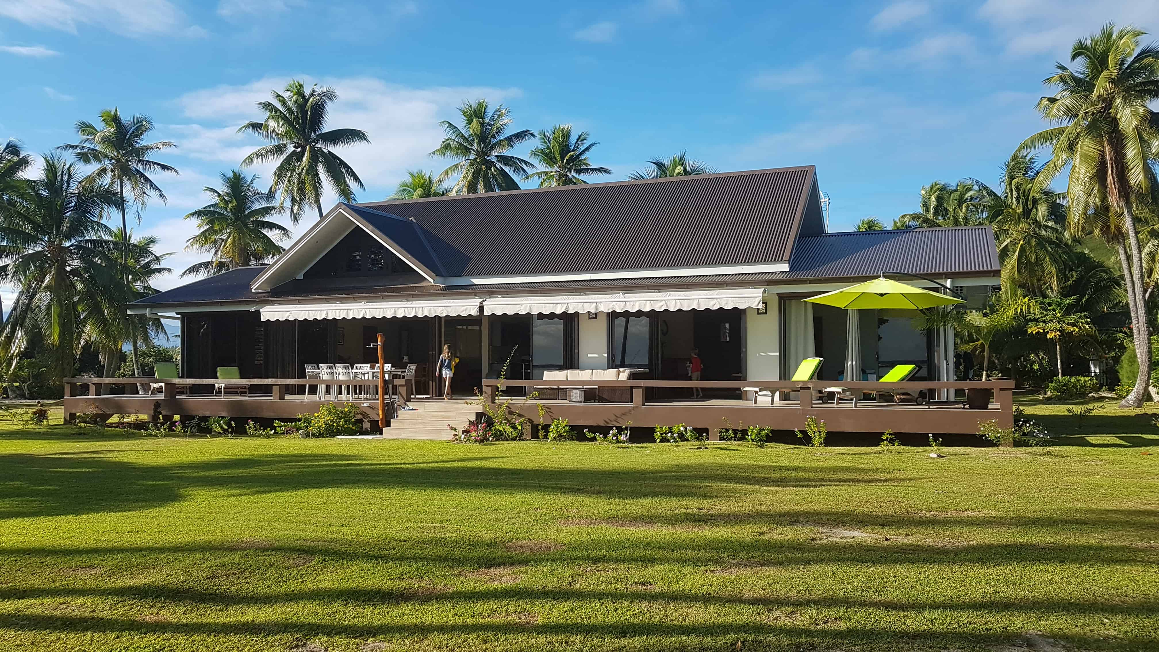 https://tahititourisme.com/wp-content/uploads/2018/09/Villa-Tiarenui-by-Tahiti-Homes-®-a-Moorea-4.jpg
