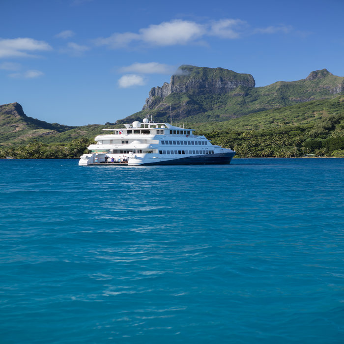 Sail From Huahine to Tahaa & Bora Bora on a Luxury Yacht