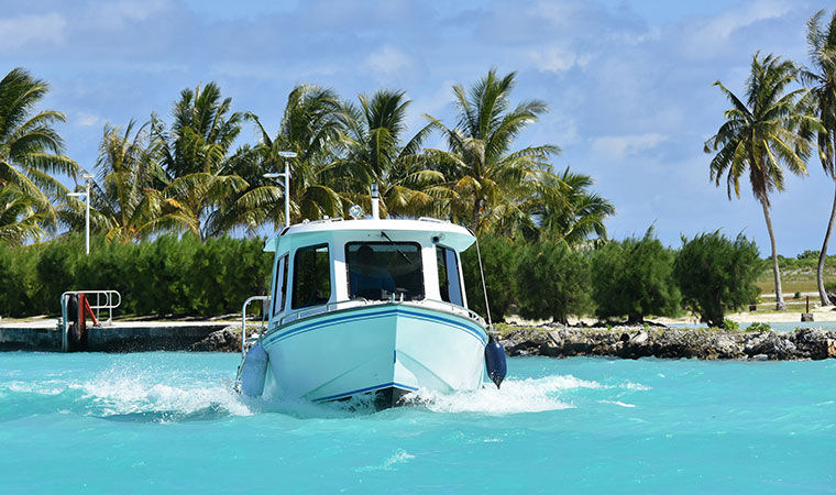 tender boats to bora bora