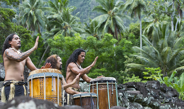 tahitian drumming circle