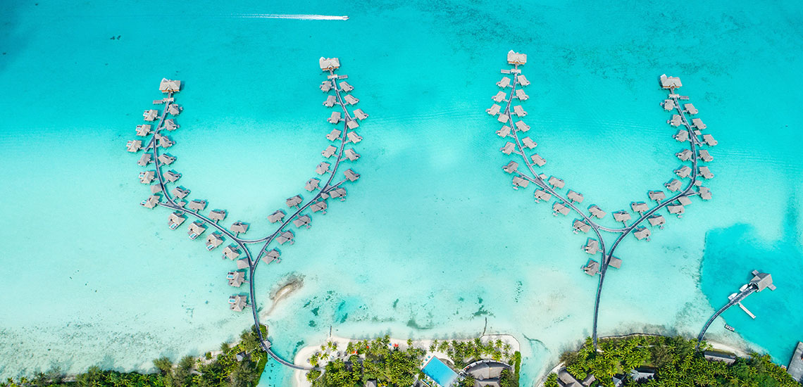 https://tahititourisme.com/wp-content/uploads/2019/04/BOB-Intercontinental-Thalasso-Aerial-View-2.jpg
