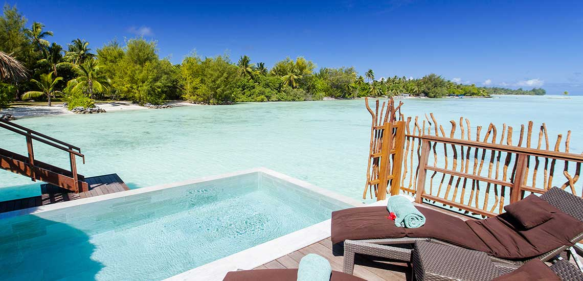 https://tahititourisme.com/wp-content/uploads/2019/04/BOB-Intercontinental-Thalasso-Pool-Overwater-Villa-terrace.jpg