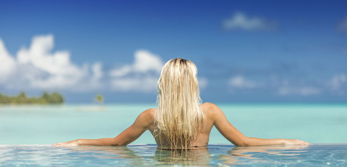 https://tahititourisme.com/wp-content/uploads/2019/04/BOB-Intercontinental-Thalasso-Premium-Pool-Overwater-Villa-pool-1.jpg