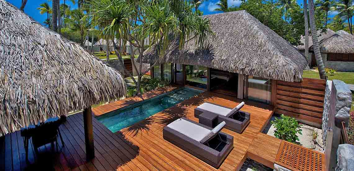 https://tahititourisme.com/wp-content/uploads/2019/04/Hotel-Kia-Ora-Pool-Villa-Aerial-1140x550.jpg