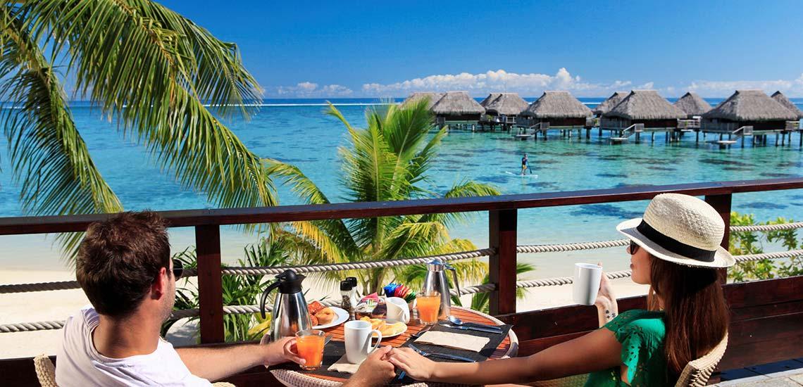 https://tahititourisme.com/wp-content/uploads/2019/04/MOZ-Hilton-Moorea-Arii-Vahine-restaurant.jpg