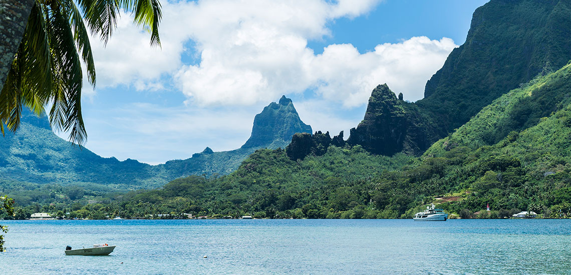 https://tahititourisme.com/wp-content/uploads/2019/04/TahitiCampaign_Cover_Moorea_1140x550.jpg