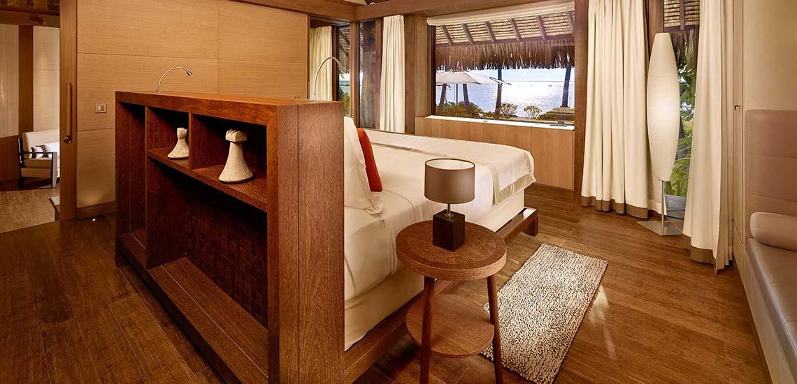 https://tahititourisme.com/wp-content/uploads/2019/04/The-Brando-Villa-Bedroom-1140x550.jpg