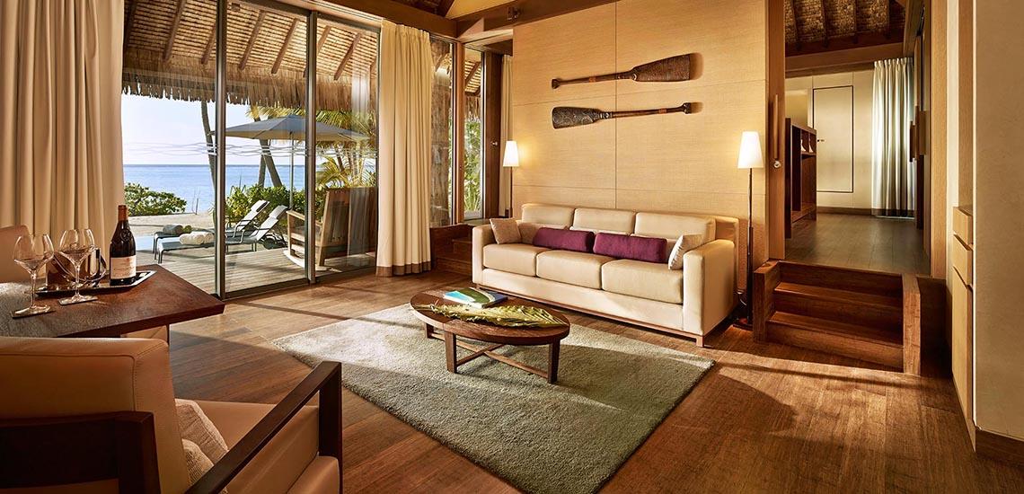 https://tahititourisme.com/wp-content/uploads/2019/04/The-Brando-Villa-Living-Room-1140x550.jpg