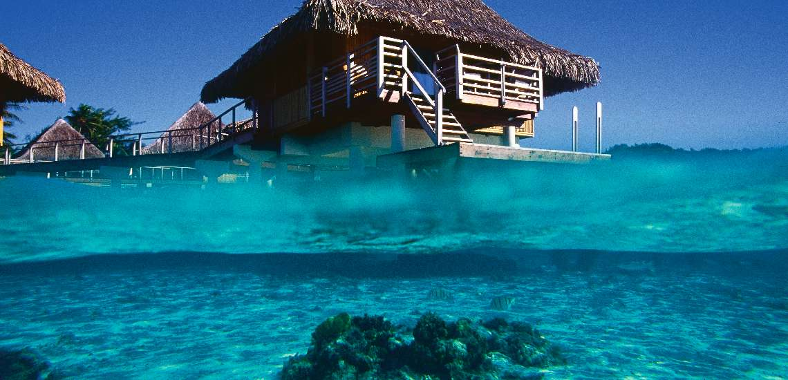 https://tahititourisme.com/wp-content/uploads/2019/04/overwater-bungalow-at-intercontinental-bora-bora-le-moana-resort-spa_5457104116_o_600.jpg