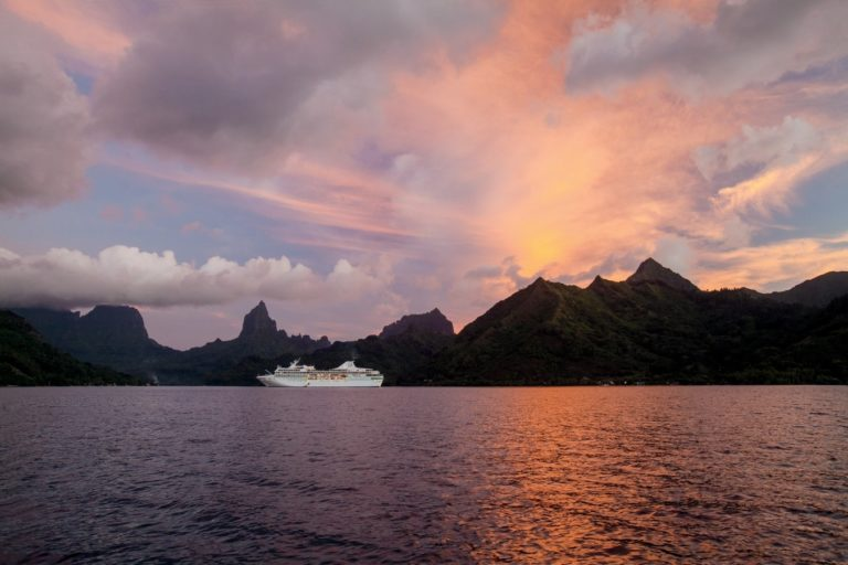 Explore the Society Islands aboard m/s Paul Gauguin
