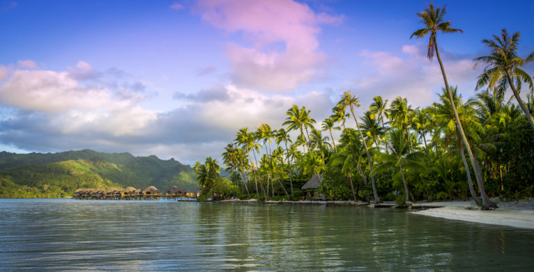 Relaxation and Rejuvenation in Bora Bora and Taha'a