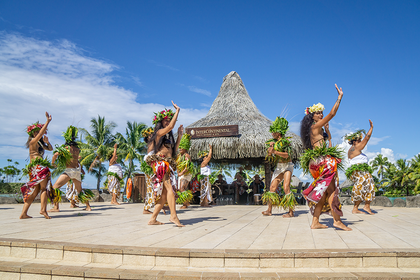 https://tahititourisme.com/wp-content/uploads/2019/09/RESIZED_InterContinental-KLawson-1.png