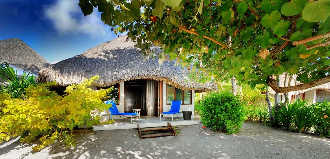 https://tahititourisme.com/wp-content/uploads/2020/01/Le-Meridien-Bora-Bora-Beach-Bungalow-Exterior.jpg
