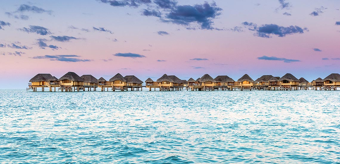 https://tahititourisme.com/wp-content/uploads/2020/01/Le-Tahaa-Overwater-Bungalows.jpg