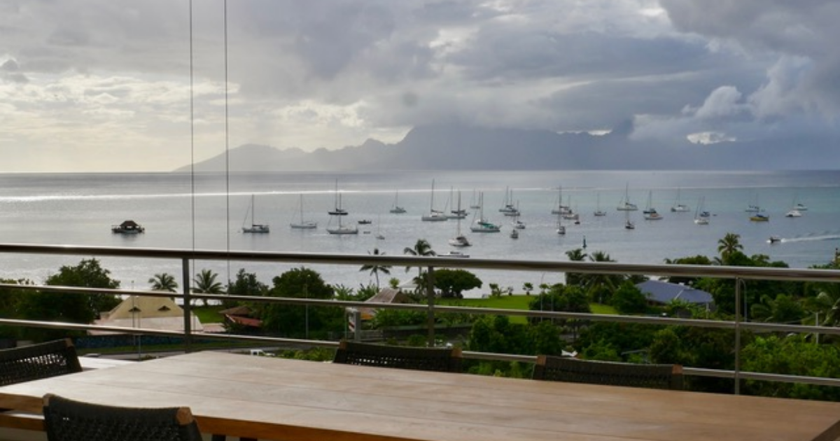 https://tahititourisme.com/wp-content/uploads/2020/03/TahitiLuxuryApartment3_1140x250.png