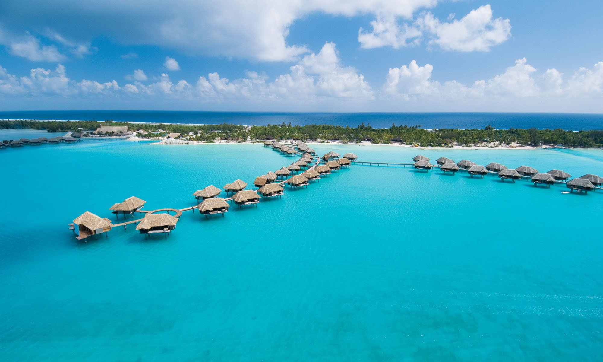 https://tahititourisme.com/wp-content/uploads/2020/08/Four-Seasons-Resort-Bora-Bora-.jpg