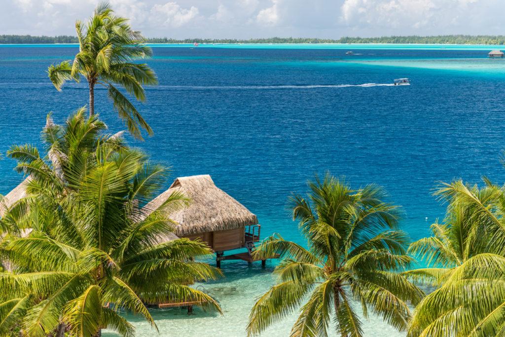 https://tahititourisme.com/wp-content/uploads/2020/12/BOB-Maitai-Overwater-Bungalow-1024x683-1.jpg