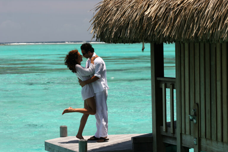 Tahiti, Bora Bora and Taha'a Honeymoon Escape