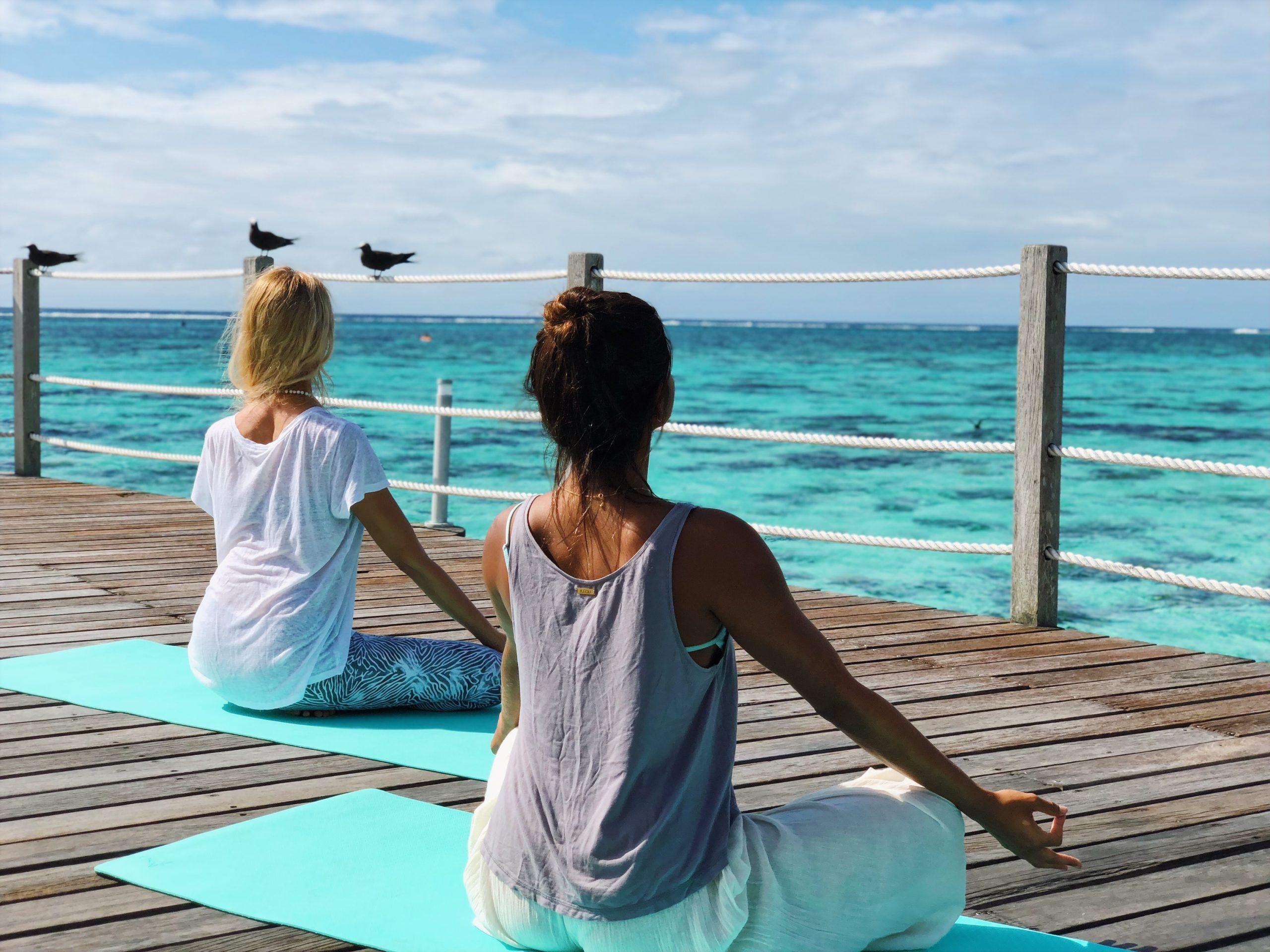 https://tahititourisme.com/wp-content/uploads/2021/05/HLMR-Yoga-Class-Overwater-scaled.jpg