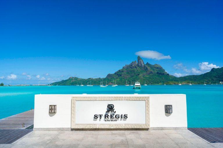 Paradise Perfected – Escape to The St. Regis Bora Bora