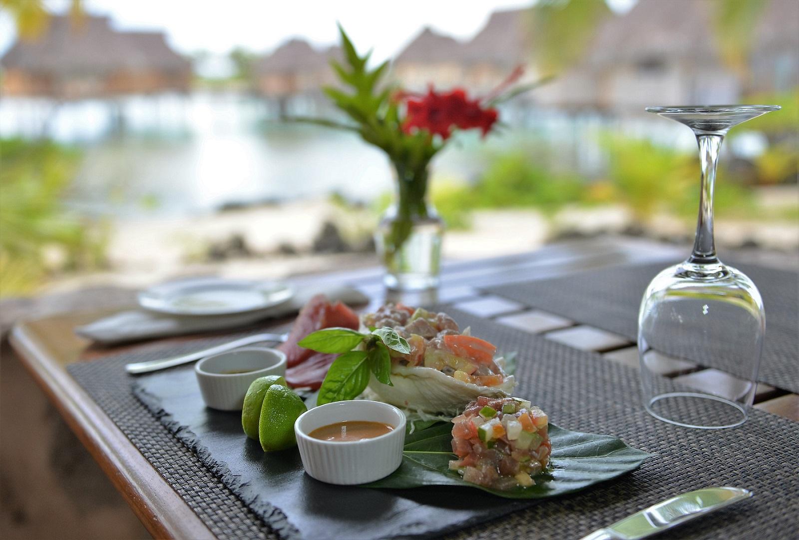 https://tahititourisme.com/wp-content/uploads/2021/10/TPBR-buffet-breakfast-®-M.Colombini-5-instagram-Copie.jpg